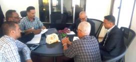 مناقشة آلية التنسيق بين وزارة المياه والصندوق الاجتماعي في تنفيذ المشاريع